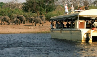 Chobe Safari Lodge Bootsafari