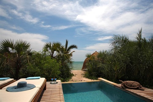 Luxury Beach Villa zwembad